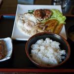 ひまわり - 料理写真:藤枝 ひまわり ハンバーグ定食