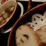 ベジテーブル - 魚介のアヒージョ