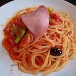 アクアヴィータ - 【イタリア産生ハムと季節野菜のトマトソース(スパゲッティランチ)】