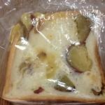 パンの夢工房 しほや - さつまいも食パン、美味しすぎる