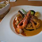 洋食屋アニバーサリー 永遠 - 「シェフのきまぐれお魚ランチ」(1,680円)のメイン。ヘルシーなコースでも大満足でした。