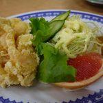 中華料理 貴楽 - 海老天付きです
