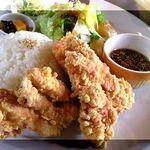21287938 - 鶏のアジアン黒酢香味仕立て