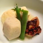 葉山 日影茶屋 - 茶屋膳 煮物 湯葉蒸し煮 蛸の柔らか煮