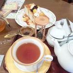 紅茶浪漫館シマ乃 - ハニートーストセット