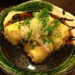 双庵 - 雨の日サービスの1品 揚げ出し豆腐。