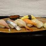 寿し処本吉 - 料理写真:寿司ランチ1000円の握り
