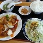 中華料理 聚仙閣 - 酢豚定食