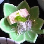 ゆずや - 木綿豆腐の海葡萄 & 白す和え アップ♪w