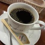 エスタシオンカフェ 新神戸 - トーストモーニングのコーヒー<拡大>