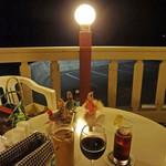 レストランDon - テラスの向こうに夜の海