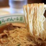 千草 - 麺の長さ約70cm、一度で啜りきれない独特の麺