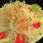 cafe' 喜庵 - シャッキリ大根サラダ(¥500)。最近、切る道具を変えました。ちょっとシッカリした歯応えに♪