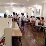 パパジョンズカフェ - 店内(2F席)01