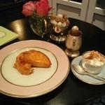 ラデュレ サロン・ド・テ - フレンチトースト(700円)