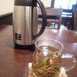21321788 - ランチに付くお茶