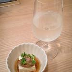 yanakenboo - お通しと日本酒