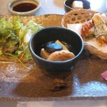 信楽陶芸村レストラン - 料理写真:サラダ・煮物・揚物・珍味