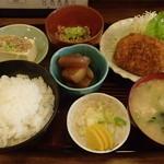 たつの家 - おまかせ定食 800円
