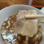 田舎打ち 麺蔵 - このてのお肉が20枚くらい入ってます(^^)