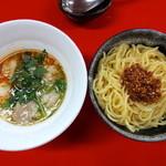 神明 - 牛ホルつけ麺