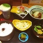 鮮魚旬菜 吉 - 丁寧なお料理です。そしてご飯の炊きかたが素晴らしい。