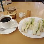 風の森 コスモポリタンカフェ - 「モーニングC」650円 週替わりサンドで、今回はポテトサラダサンドイッチでした。