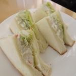 風の森 コスモポリタンカフェ - 「ポテトサラダサンドイッチ」アップ