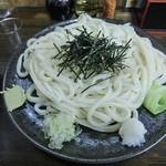 まる久 - ざる大盛り(600円)