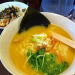 TORISOBA 雄 - 鶏そばにミニ鶏コマ丼のBセット2013.9