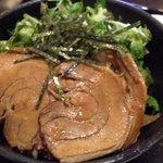 らーめん 江南 - チャーシュー丼 (+¥380)