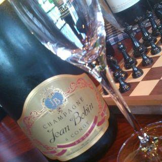 ボトルワインは約80種類ご用意致しております。