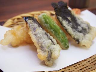 玉乃屋 - 天ざる(1300円)