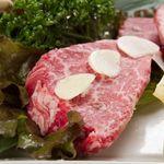 焼肉さくら亭 - シャトーブリアン3000円 和牛ヒレの中でも最も柔らかく味わいのある希少部位。こぶ塩でお召し上がり下さい。