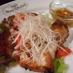 マングローブ - タイ風 鶏もも肉のオーブン焼き