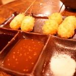 からっと亭 - 料理写真:名物の串カツ