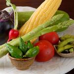 旨食上酒 恵比寿 まんまる - 新鮮な野菜を使っています。野菜本来の旨みを感じて下さい。