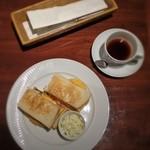 ハーブス - オムレツサンドイッチ、コーヒー