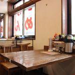 麺や 克 - テーブル席