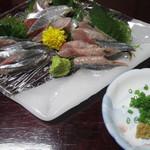 浜乃家 - 料理写真:秋刀魚の刺身