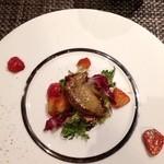 21375045 - フォアグラと苺のサラダ