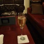 ピルグリム・ナインティーンス・クラブ - シャンパン
