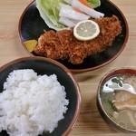 ラーメン とんかつ 忠 - とんかつ定食990円