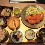 暖家 - 料理写真:一口ヒレかつ定食¥1134