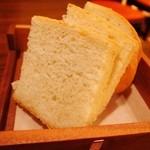 21376152 - 自家製パン
