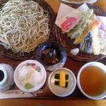 蕎麦の茶屋 丸山 - 天ざる セットの全景