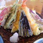 蕎麦の茶屋 丸山 - 天ぷら 盛り合わせ