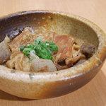 呑助 - 松坂牛スジどて焼き 500円