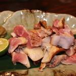 居食屋 響 - 地鶏の炙り?なぜか箸が止まりません。