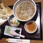 21383192 - 日替わり天ぷら蕎麦御膳 温かい掛け蕎麦バージョン